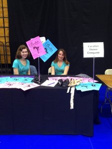 Two of our dancers at Accepted Students Day looking new recruit new members