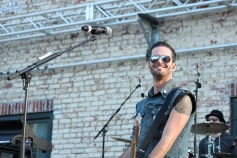Airborne Toxic Event, Radio 104.5 Summer Block Party
